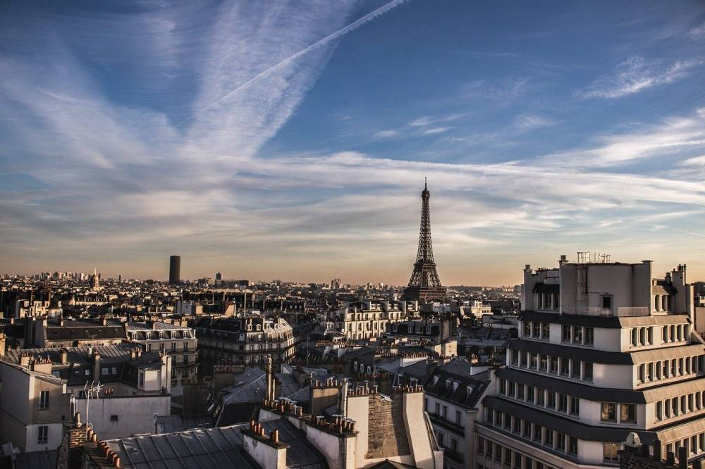 France to test digital currency ico